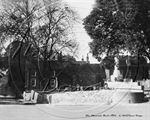 Picture of Berks - Hurst War Memorial c1930s - N1149