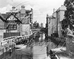 Picture of Berks - Newbury, Canal Bridge c1920s - N1321